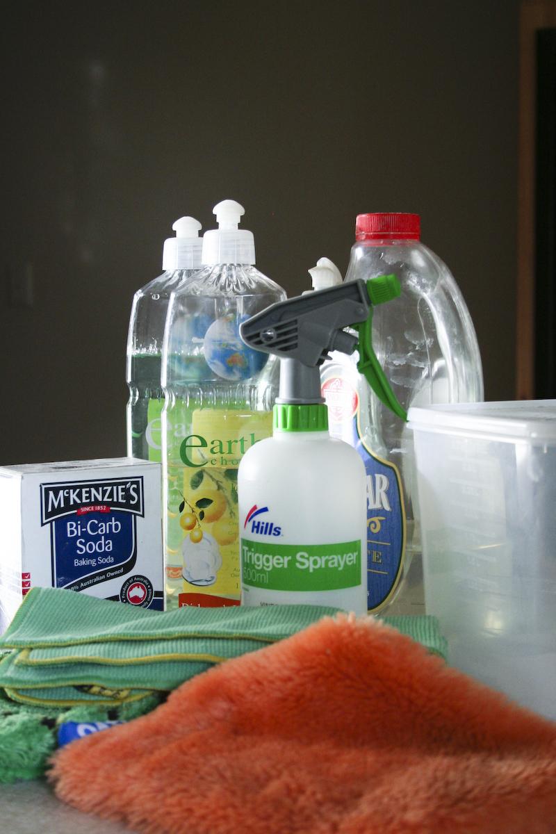 8 чистящих средств для дома своими руками