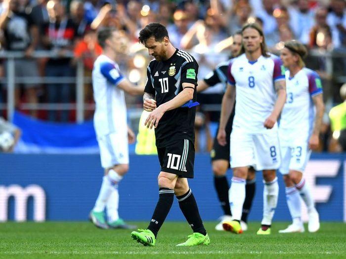 Исландия уработала Месси