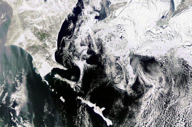 12. Охотское море. земля, космос, пейзаж, планета, природа, россия, фотосъемка