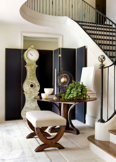 Современная классика Прихожая by Robert Brown Interior Design