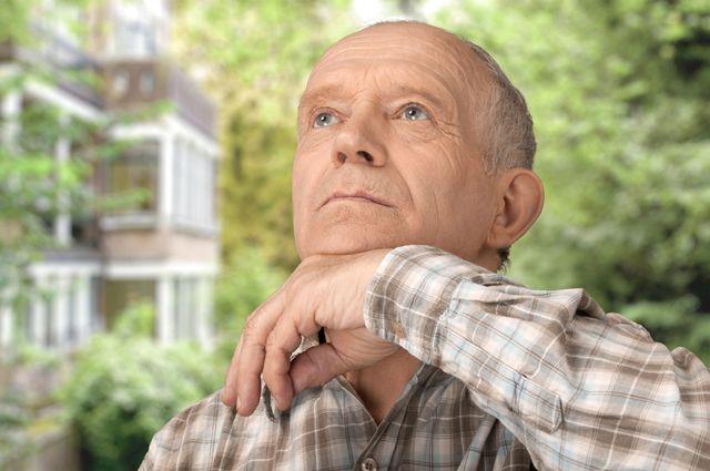 Что значит внезапная потеря памяти в возрасте?