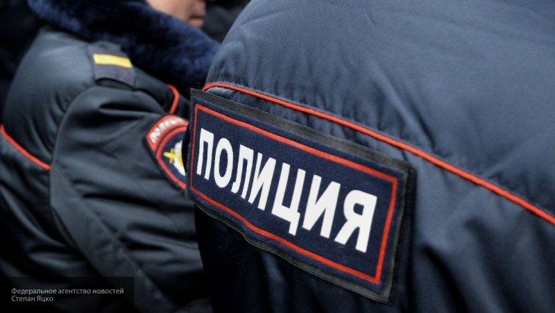"""Обезумевшая петербурженка хотела выбросить дочку в окно, чтобы """"сделать ангелом"""""""