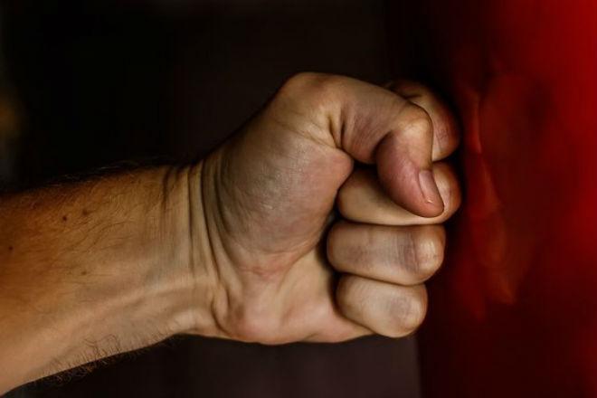 Как правильно сжимать кулак