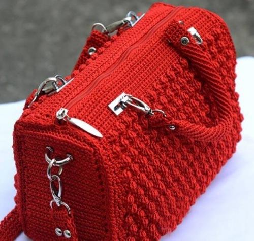 Элегантная сумочка крючком
