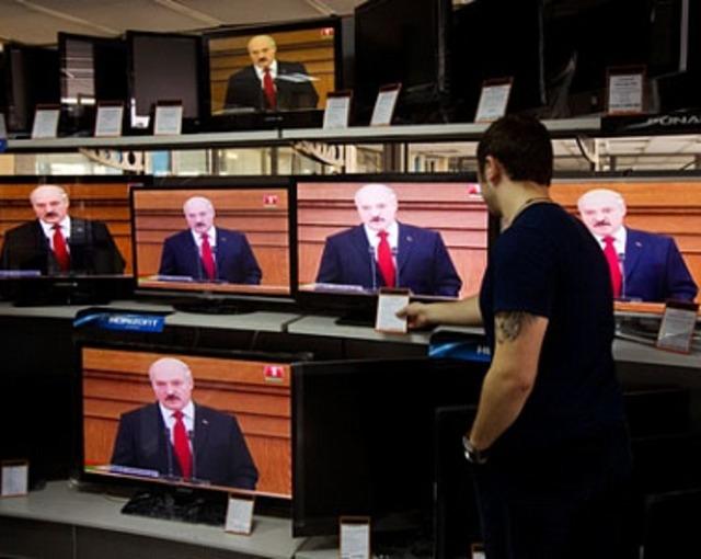 Лукашенко пошел по украинскому пути