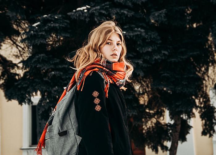 Шелковый путь: история появления шарфа