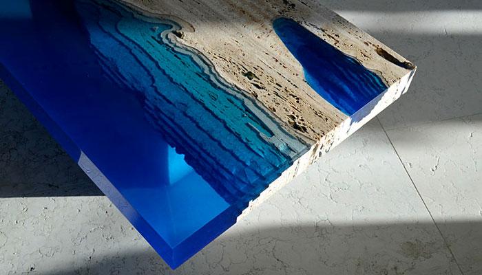 «Лагуна»: восхитительные столики ручной работы из травентина