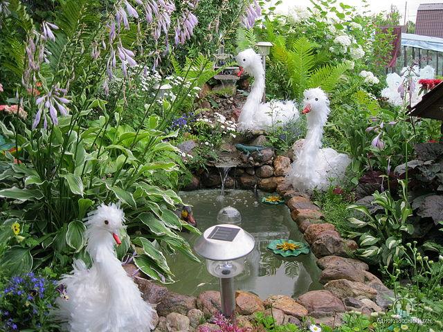 Лебеди и павлины из пленки от Светланы Антаковой