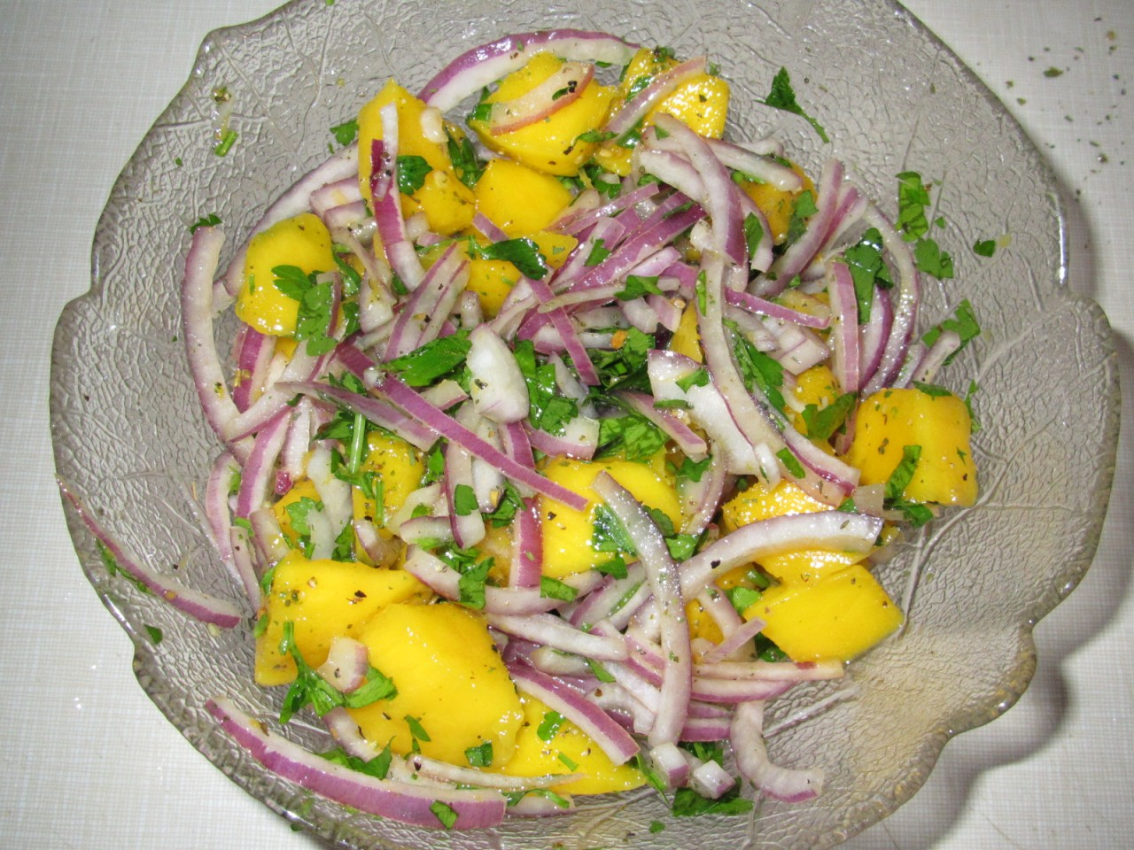 Салат в тарталетках с курицей и ананасами Рецепт с фото
