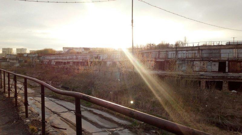 Уютные гаражи из российских дворов авто, гараж, гаражный массив, город, эстетика