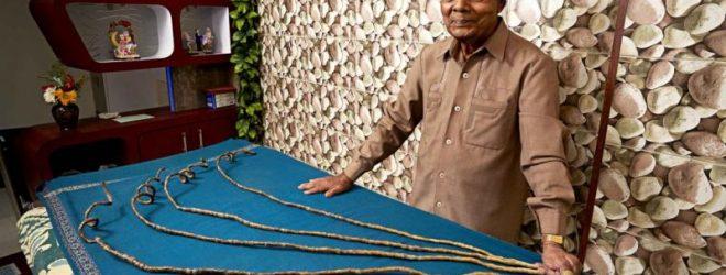 Растивший 66 лет ногти индие…