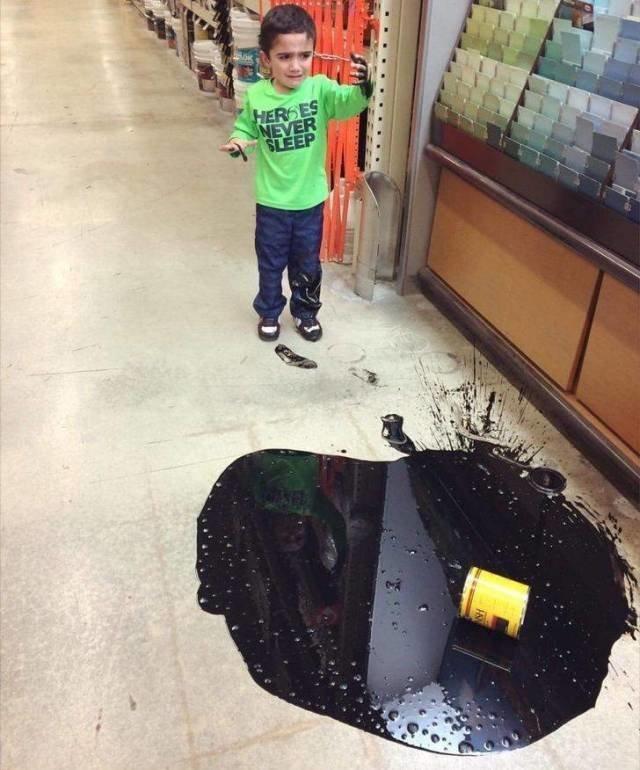 Все еще думаете, что брать ребенка в строительный магазин — хорошая идея? животные, люди, неудача, плохой день, прикол, фейл, юмор