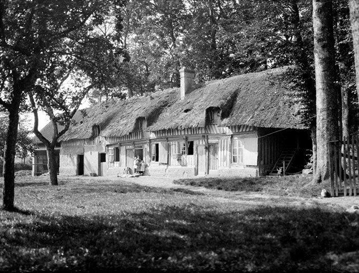 Фермерские дома в Нормандии, Франция ХХ век, винтаж, восстановленные фотографии, европа, кусочки истории, путешествия, старые снимки, фото