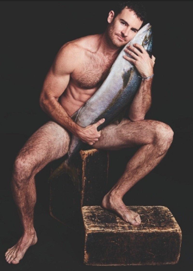 Бен Лоусон ynews, голые активисты, животные, знаменитости, интересное, рыбки, фото