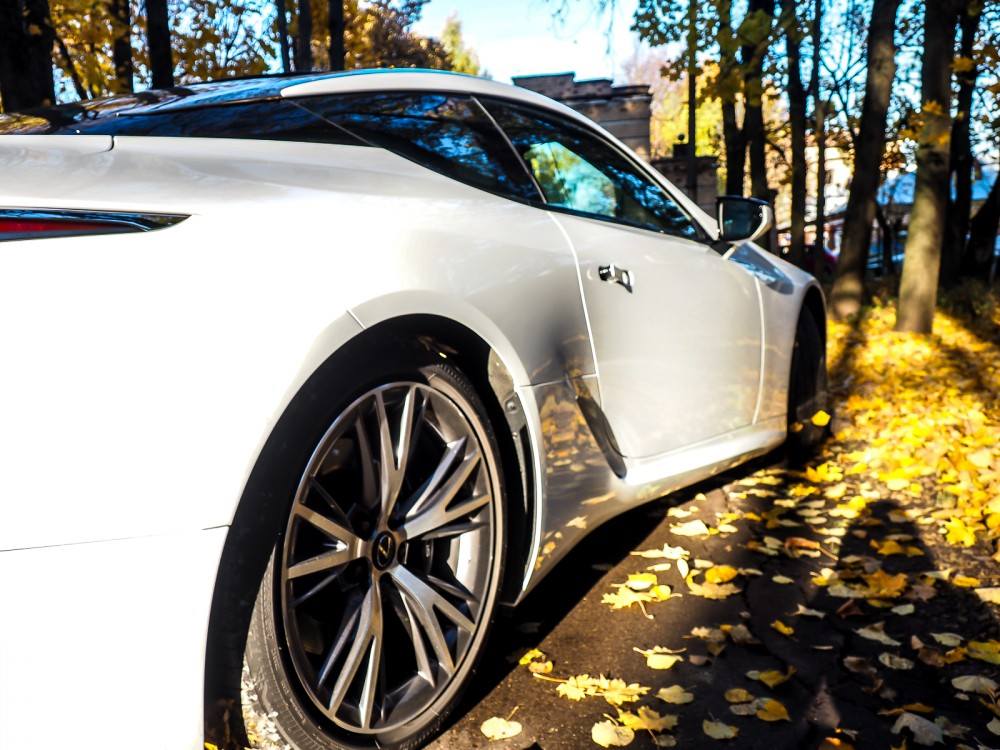 Lexus LC500: приковывающий взгляды