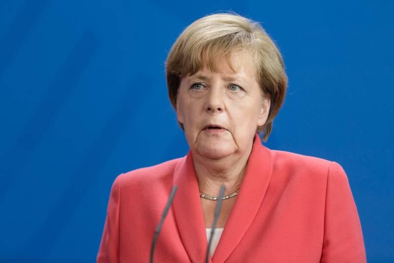"""Меркель поддержала действия России в Сирии. Бунт на """"демократическом"""" корабле?"""