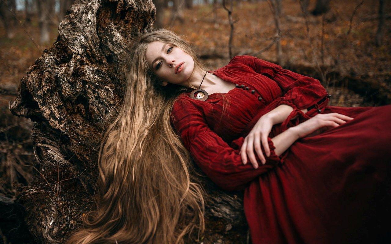 выбрать фотосессия ведьма в лесу фото можно купить