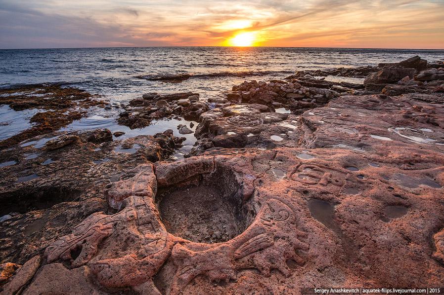 Крымские каменные рисунки