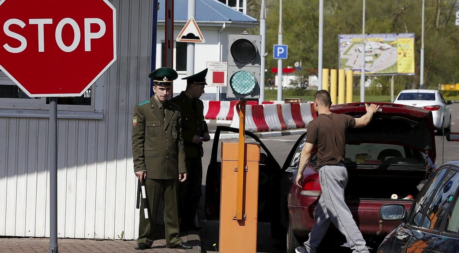 Чем обернется для Белоруссии массовый выезд айтишников в Польшу «Автомайдан»,Айтишники,Белоруссия,Польша,Экономика,Крым