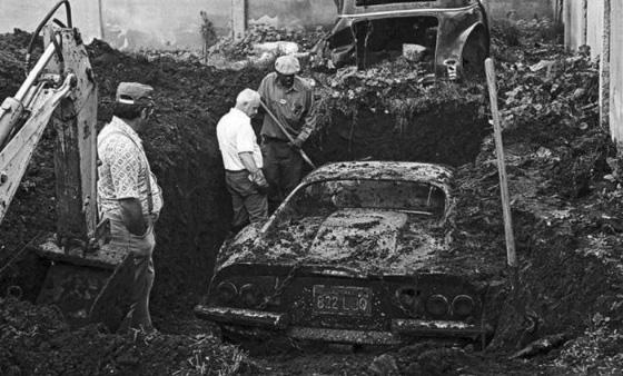 Самые безумные находки, обнаруженные при раскопках на заднем дворе дома.