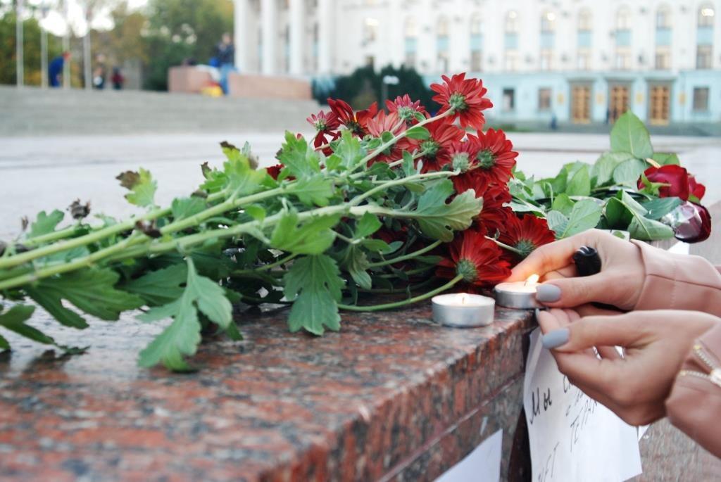 Бойня в керченском колледже:…