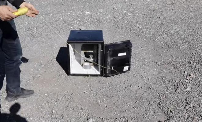 Кладем гранату в сейф: проверка прочности брони граната,граната в сейфе,граната против брони,Пространство,сейф,эксперимент
