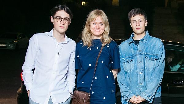 Анна Михалкова вышла в свет со взрослыми сыновьями
