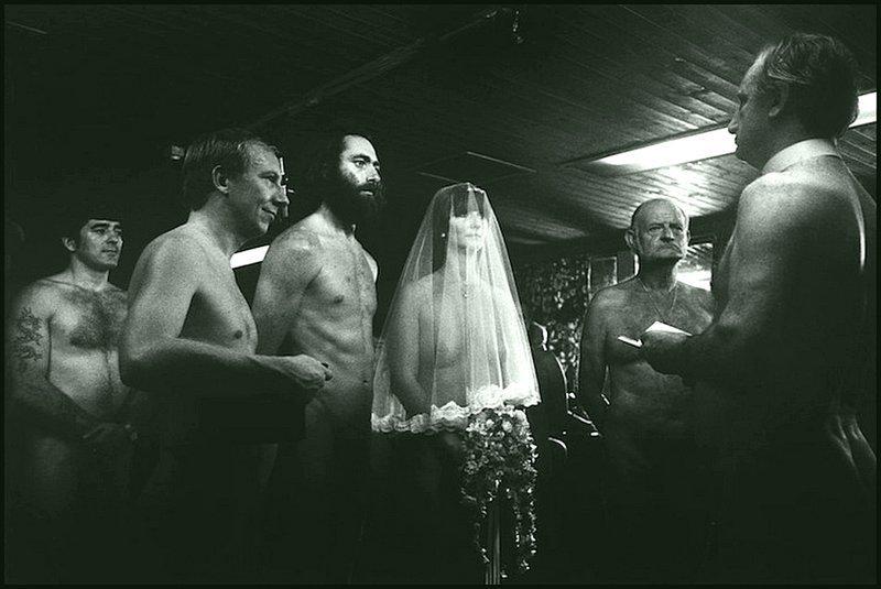 Эллиот Эрвитт - свадьба нудистов в Кенте, Англия 1984 Весь Мир в объективе, история, фотография