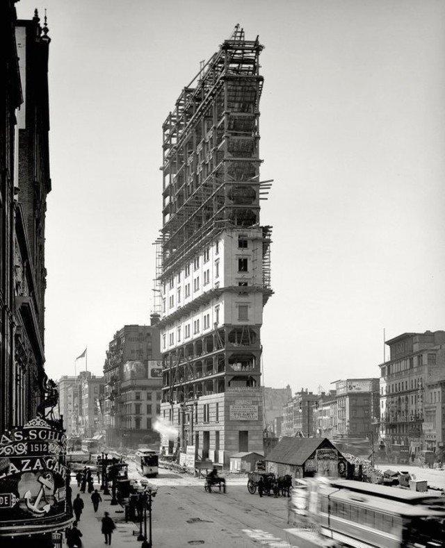Строительство на площади Нью-Йорка, именуемой Лонгакр-сквером. Спустя год она получит название Таймс-сквер. 1903 год. история, ретро, фотографии