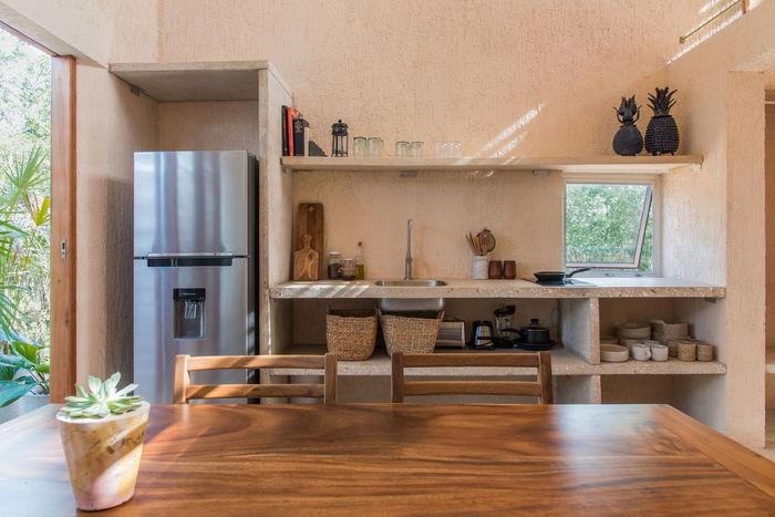 Простое место для счастья: уединенная дача для молодых небольшой домик,природа,уединение