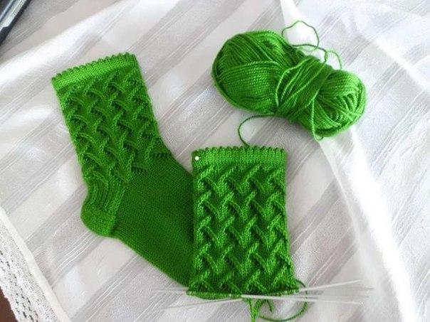 Красивый узор для носков