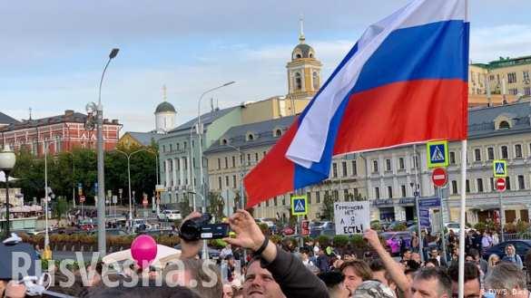 Сколько человек должно выйти на улицы, чтобы напугать российские власти?