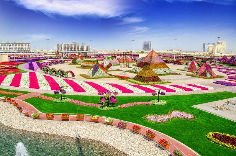 Самый огромный парк цветов во всем мире