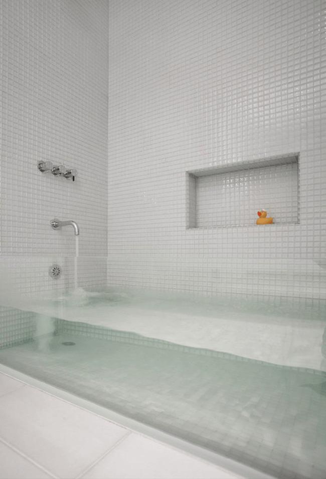 Clear Tub