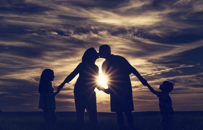15 золотых правил доктора Комаровского: психологический климат в семье дети