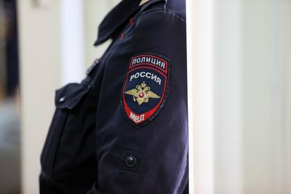 В Москве у семьи сатанистов забрали двух девочек-маугли
