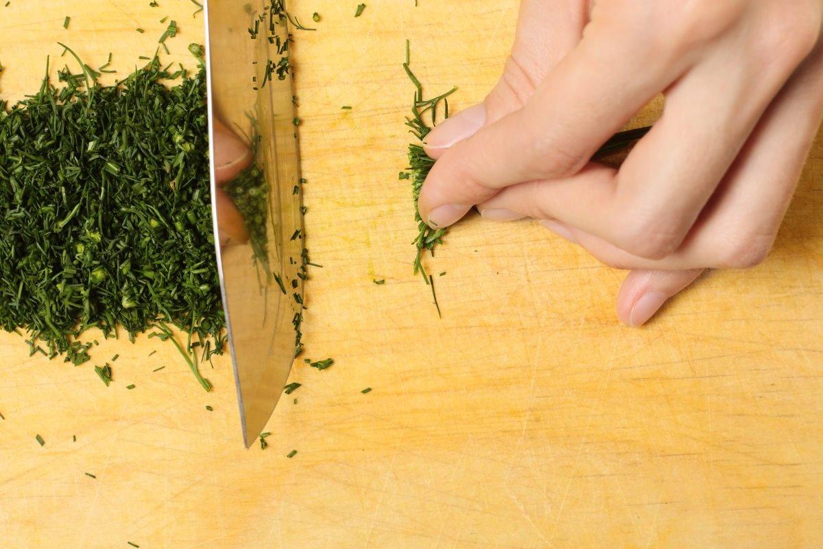 Как приготовить луковый суп с капустой и лимонным соком добавь, кастрюлю, огонь, течение, растительного, слегка, вылей, масло, лавровый, высыпь, обжаривай, начнет, минут, медленном, постоянно, нарежь, масла, немного, помешиваяМуку, готовый
