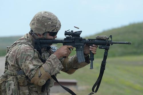 Эксперт: база в Польше позволит США перебросить к границам РФ военную технику