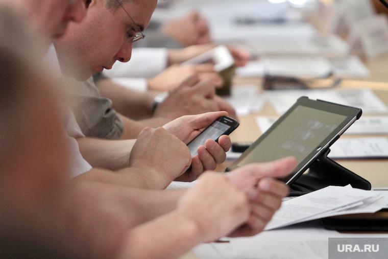 Разработчик объяснил, почему планшеты для Минобороны стоят 350 тысяч рублей. «Это еще дешево»