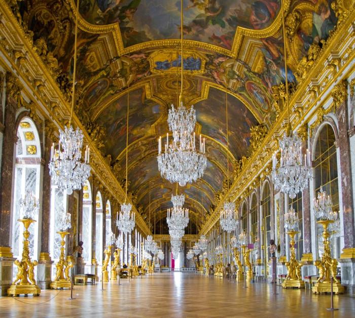 Версаль— великолепный дворец, вкотором небыло ниодного туалета дворец, Версаля, Людовика, дворца, апартаменты, когда, величие, время, приказал, Людовик, ниодного, «корольсолнце», должен, короля, «королясолнце», который, комплекса, чтобы, навозведение, средств