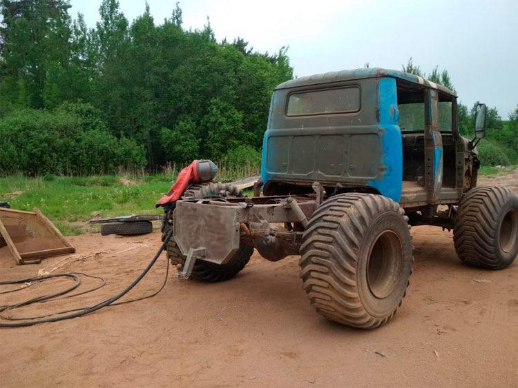 Самодельный пикап-монстр из элементов ГАЗ-66 и ЗИЛ-131 автосамоделки марки и модели