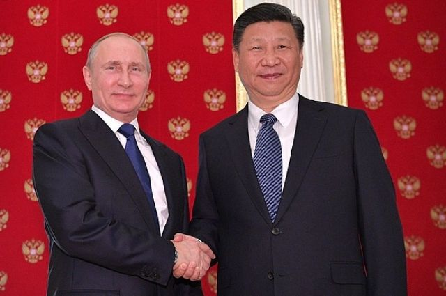 Путин поздравил главу КНР с …