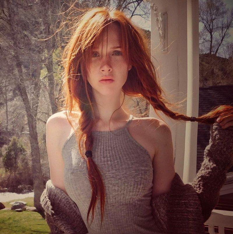 Hot young redhead girl screwing