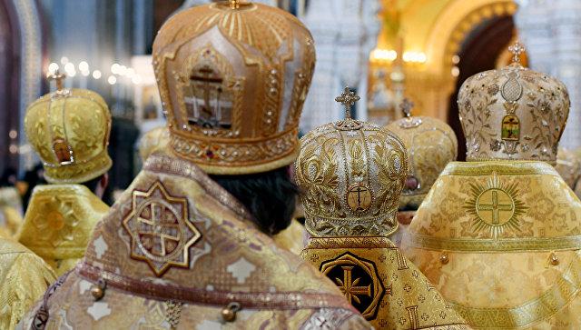 В РПЦ заявили, что церковь может исправить ориентацию геев