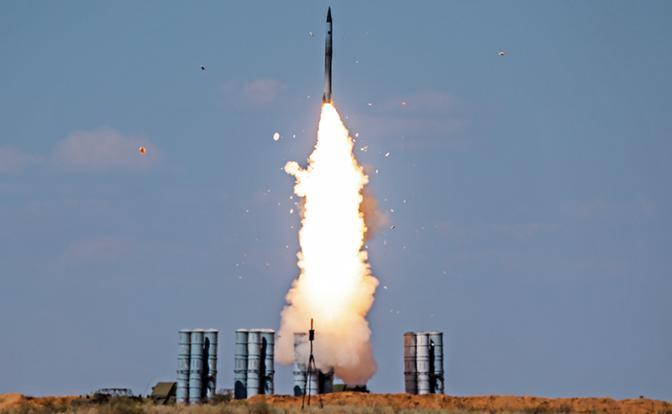 Москва, напуганная Израилем, тайно поставляет С-300 в Сирию