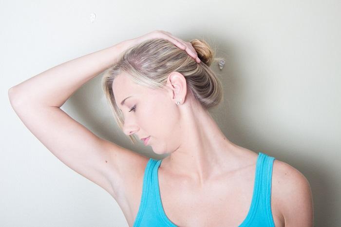 массаж и упражнения для лица