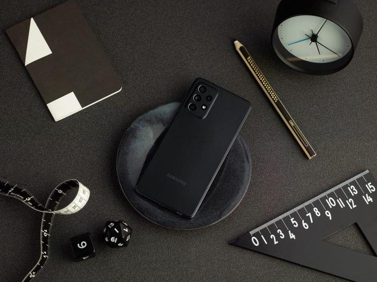 Представлены смартфоны Samsung Galaxy A52 и Galaxy A52 5G новости,смартфон,статья