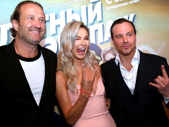 Светская премьера комедийного сериала СТС «Улётный экипаж»