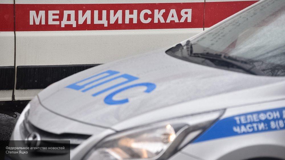 Под Ульяновском микроавтобус протаранил железобетонную ограду