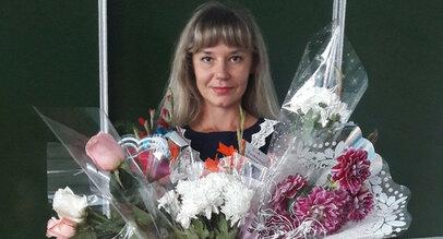 Учительницу из Барнаула уволили за фото в купальнике
